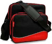 Сумка для консоли (PS3 System Carry Case Red): A4T